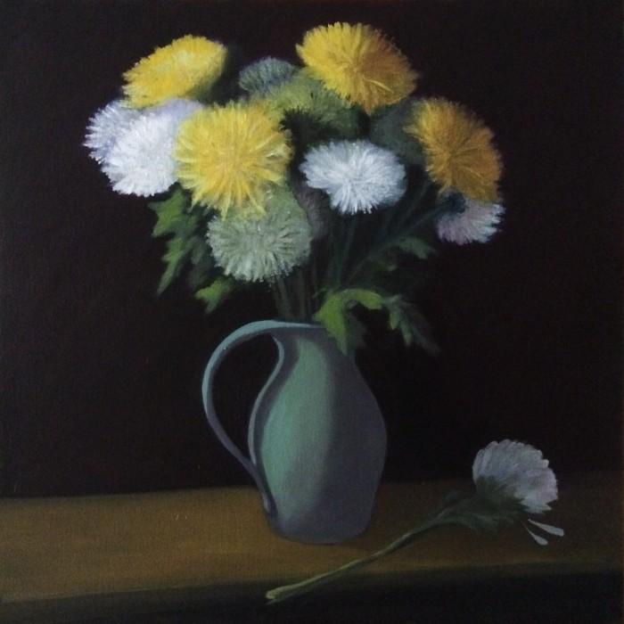 Flower arrangement, vase, mums