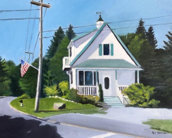 White cottage in Winter Harbor, Maine